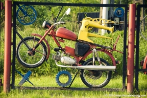A moped and a Sewing Machine... ?!