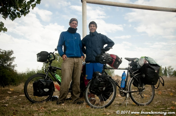 With Tomaz, a brazilian cyclist heading to Iran